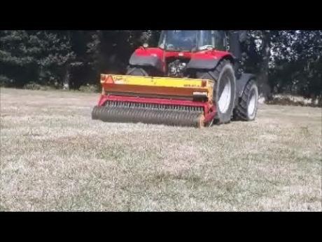 Semis d'herbe sans travail du sol et sans chimie ( glyphosate )