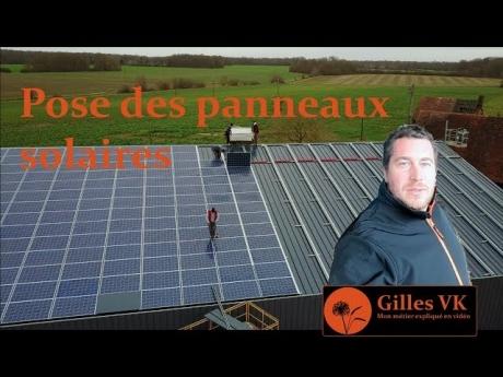 Pose des panneaux solaires sur le nouveaux bâtiment de ma ferme